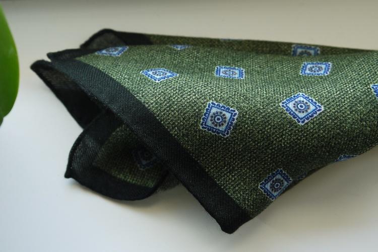Medallion Wool Pocket Square - Green/Light Blue/Navy Blue