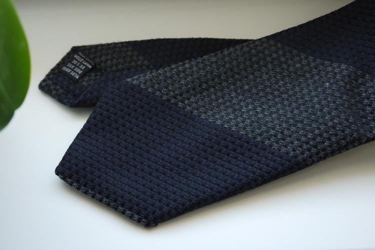 Blockstripe Wool/Silk Tie - Grey/Navy Blue