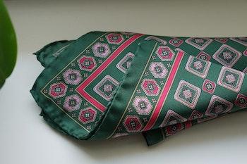 Medallion Silk Pocket Square - Green/Pink