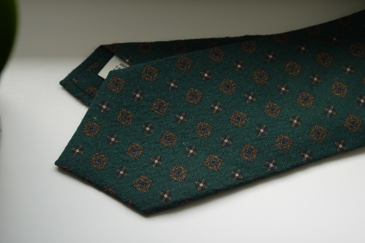 Medallion Printed Wool Tie - Green/Yellow/Blue