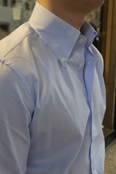 Solid Fine Twill Shirt - Button Down - Light Blue