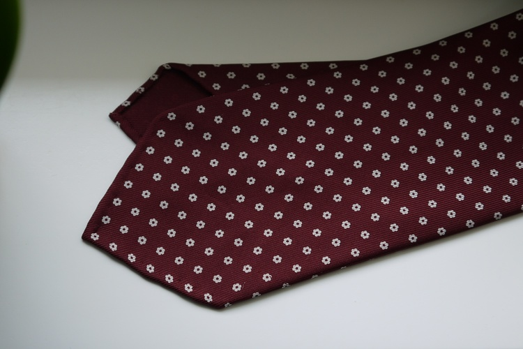 Small Floral Printed Silk Tie - Untipped - Burgundy/White