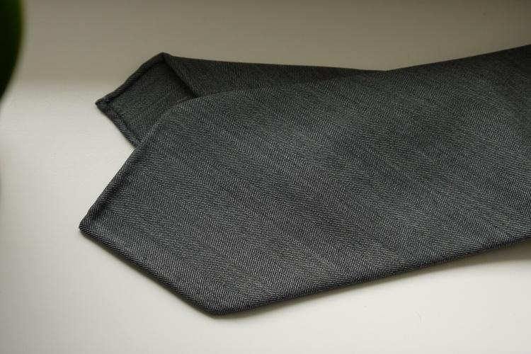 Herringbone Light Wool Tie - Untipped - Grey