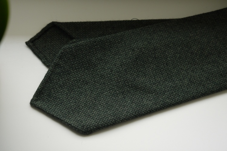 Solid Textured Wool Tie - Untipped - Green