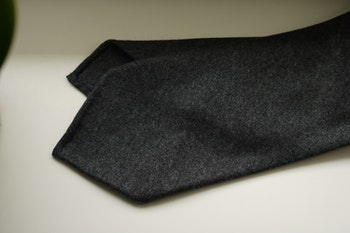Solid Wool Flannel Tie - Untipped - Grey