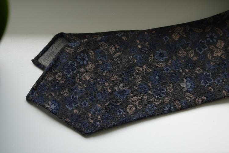 Floral Printed Wool Tie - Untipped - Olive Green/Navy Blue/Beige