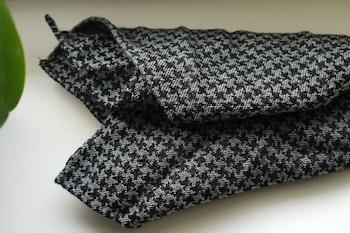 Dogtooth Wool Pocket Square - Grey/Black