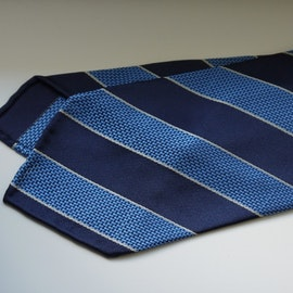 Regimental Garza Silk Tie - Untipped - Navy Blue/Light Blue