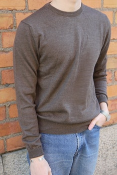 Crewneck Merino Pullover - Brown