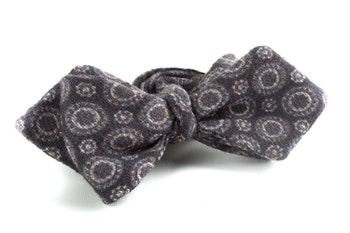 Medallion Wool Bow Tie - Grey