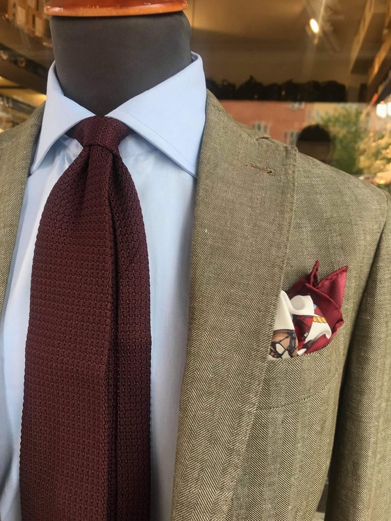 Solid Silk Grenadine Grossa Tie - Untipped - Bourgogne
