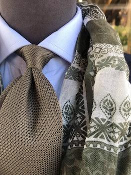 Solid Silk Grenadine Fina Tie - Untipped - Olive Green