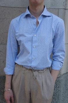 Thin Stripe Seersucker Cotton Shirt - Cutaway - Light Navy Blue/White
