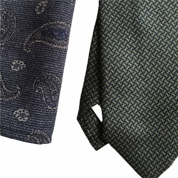 Kit - Printed silk tie and wool pocket square - Olive Green/Navy Blue/Grey