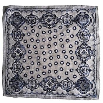 Medallion Linen Pocket Square - Light Blue/Navy Blue