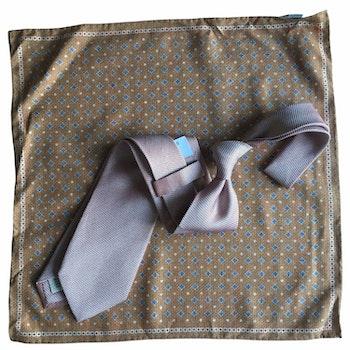 Kit - Textured silk tie and floral silk pocket square - Caramel/Orange