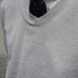 V-Neck Wool Cashmere Pullover - Off White