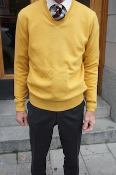 V-Neck Wool Cashmere Pullover - Mustard Yellow