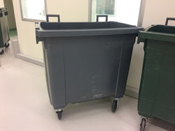 Sopkärl med nya lock - 750 liter