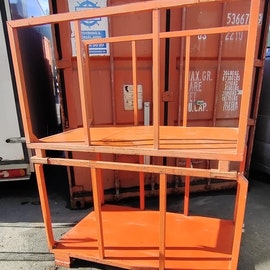 Stapelbar öppen containerbox med sidor