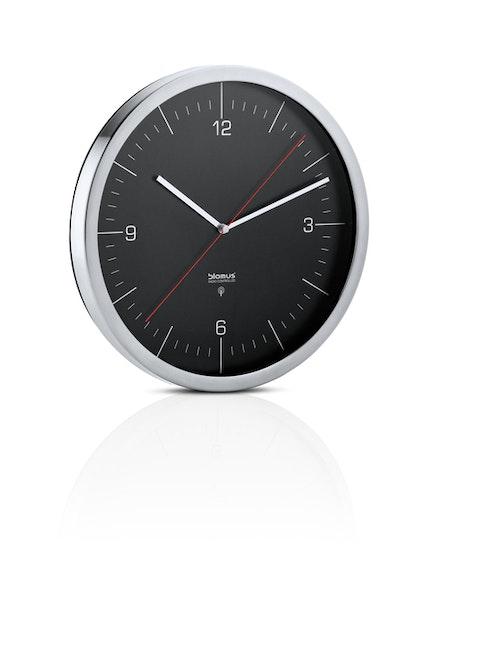 BLOMUS Crono radiokontrollerad klocka - Svart