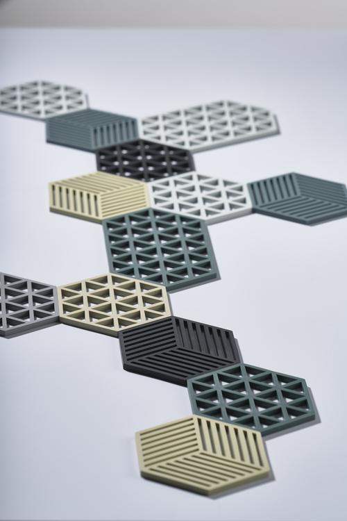 ZONE Grytunderlägg Hexagon/Trekant Svart