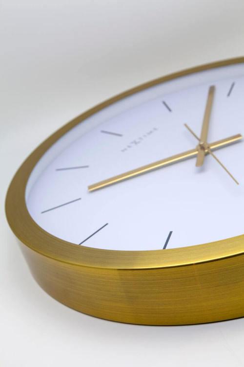 NEXTIME - Stripe Väggklocka - Guld/Vit, 44 cm