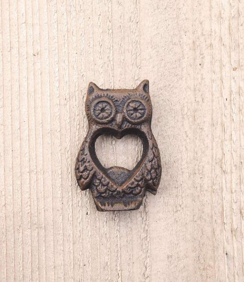 TRUEFABRICATIONS - TWINE Owl Kapsylöppnare
