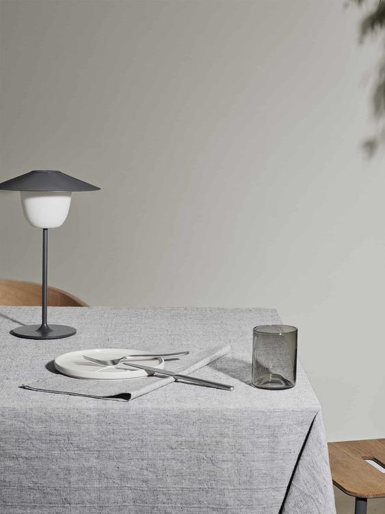 BLOMUS Stivo Bordsduk - Magnet/White 140x260 cm