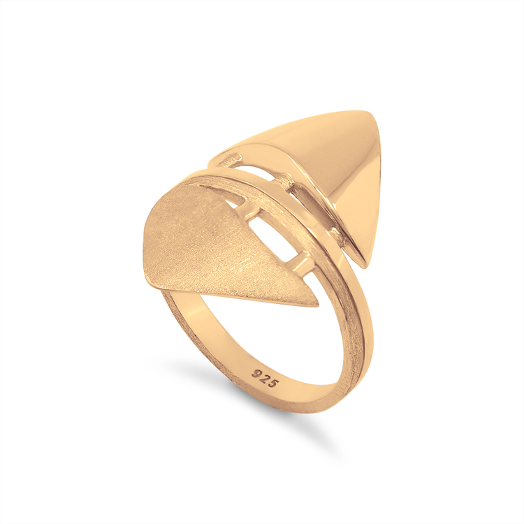 TEMPEL. Ring, guld
