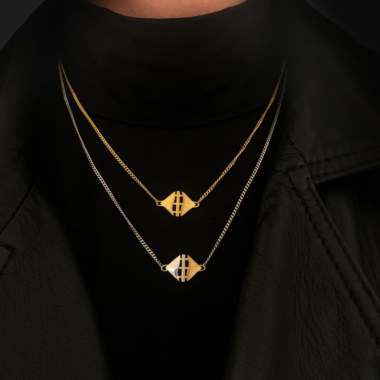 TEMPEL. Halsband, guld
