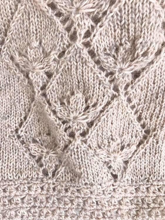 Fluffy genser størrelse 2-4, 6-8, 10-12 år