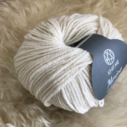 Hvit 101 KnitMe merinoull