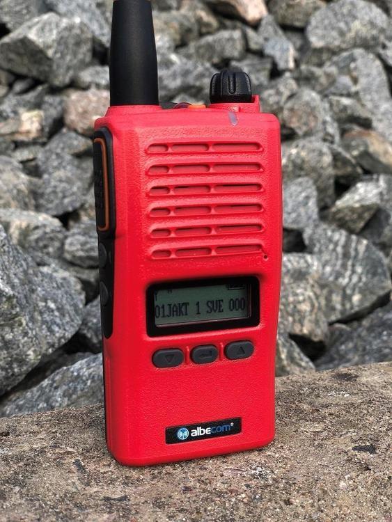 ALBE-X5.140/155mhz.LCD. Röd och Svart Nu på kampanj