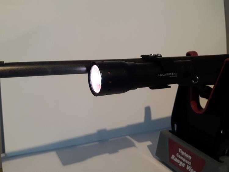 Vapenfäste för Actionkamera eller fickklampa