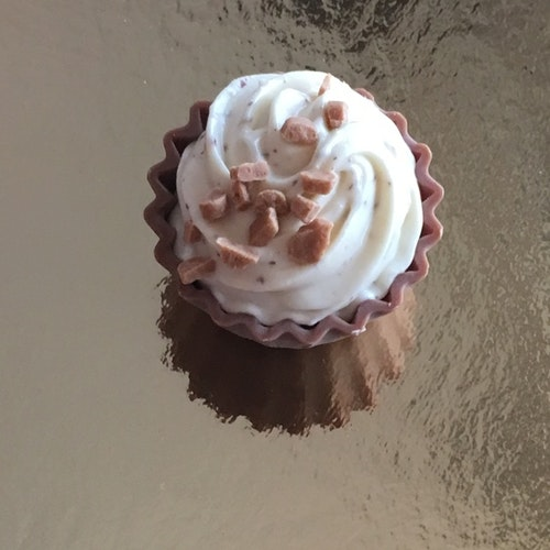 Cupcake Salt & Fudge (INNEHÅLLER NÖTTER)