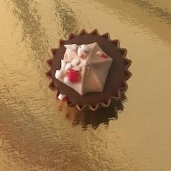 Jultopp Mörk Chokladkräm med Polkagrisströssel (INNEHÅLLER GLUTEN)