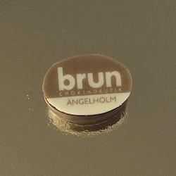 Loggopralin Chokladbutiken Brun Karamellkräm Tryffel