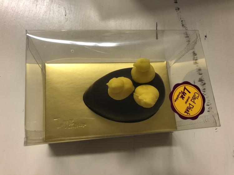 Marsipanpåskägg heldoppat i choklad (INNEHÅLLER MANDEL)