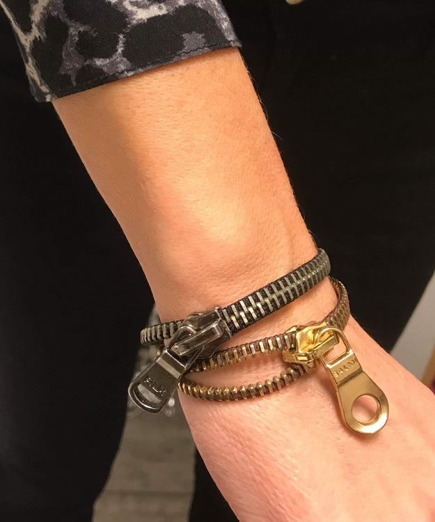 Dragkedjearmband-silver/svart