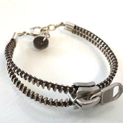 Dragkedjearmband-silver