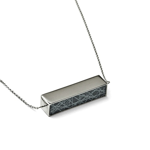 Virrvarr Spinning Cuboid Necklace