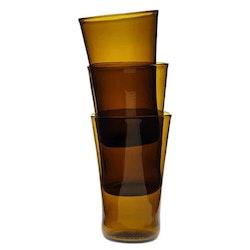 Stapelbara glas bruna