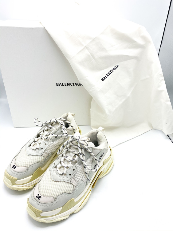 Balenciaga Triple S Size 38
