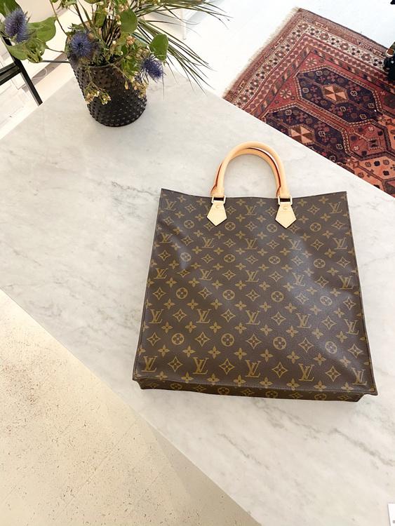 Louis Vuitton Sac Plat
