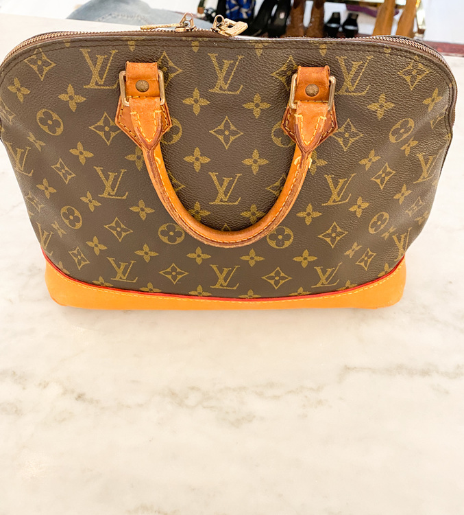 Louis Vuitton Alma Monogram