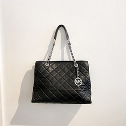 Michael Kors Savannah quilted tote