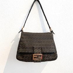 FENDI Mama Baguette Bag