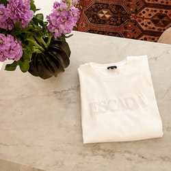 Escada T-shirt Medium
