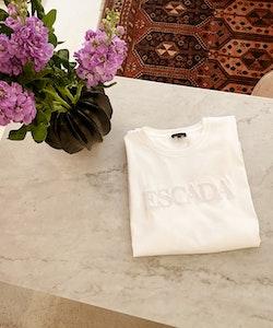 Escada T-shirt Medium
